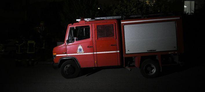Φωτιά σε αυτοκίνητο στην οδό Ταξιαρχών στον Άλιμο