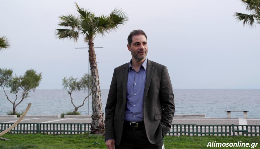 Ανδρέας Κονδύλης: Στον Άλιμο το πρώτο διασωστικό σκάφος παράκτιου δήμου