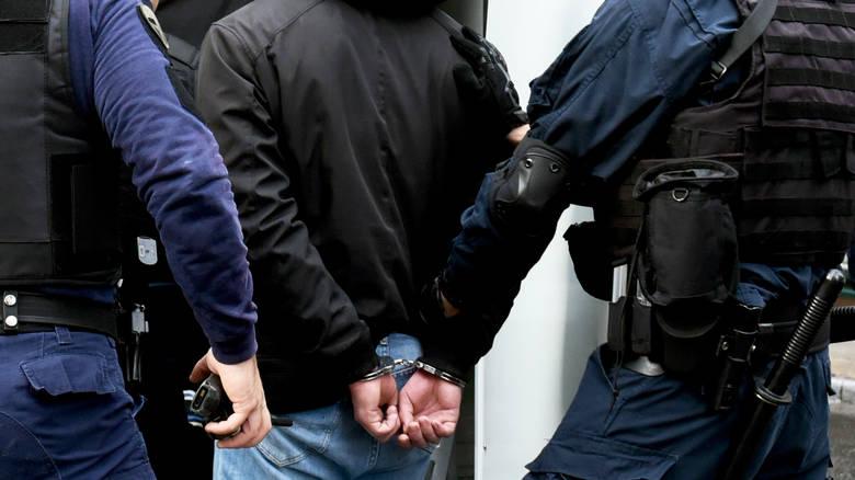 Συνελήφθη 28χρονος για κλοπές αυτοκινήτων στα Νότια Προάστια