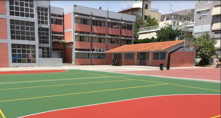 Γλυφάδα: Ανοιχτά τα προαύλια σχολείων κάθε απόγευμα