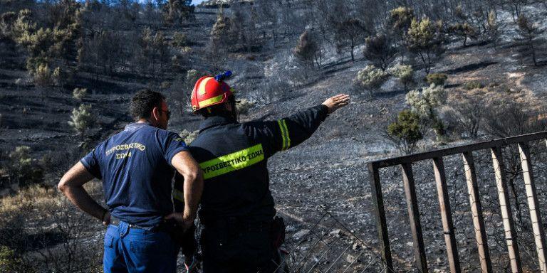 Φωτιά στον Υμηττό – Το σχέδιο εκκένωσης και ο κρατικός μηχανισμός που λειτούργησε ακαριαία