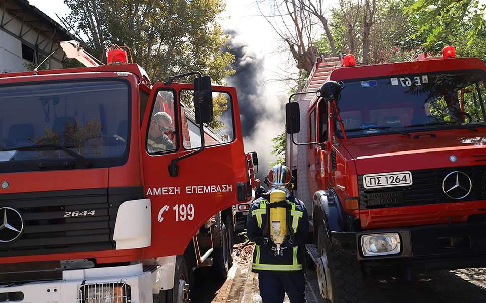 Καλλιθέα: Νεκρή 65χρονη από φωτιά σε ισόγειο διαμέρισμα