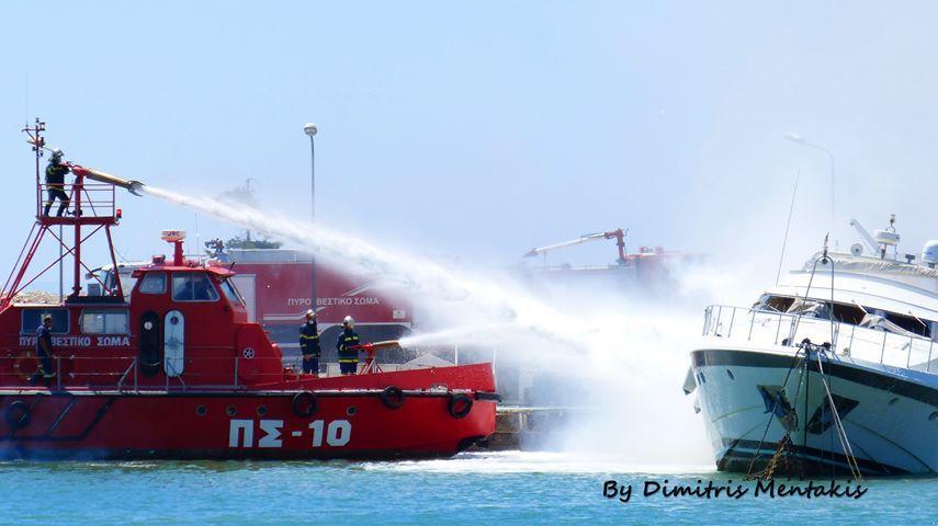Γλυφάδα: Φωτιά σε σκάφος