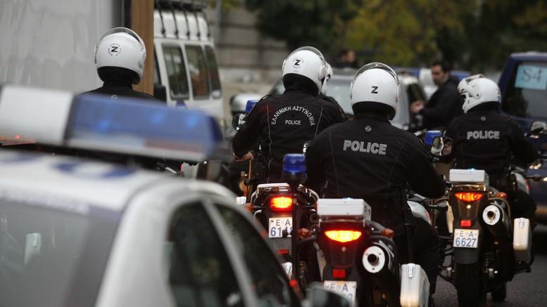 Συνελήφθη στον Άλιμο ο ληστής των ΟΠΑΠ play και άλλων καταστημάτων στα Νότια Προάστια