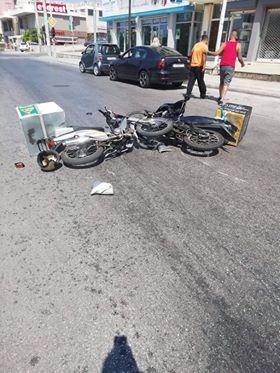 Τροχαίο ατύχημα με δύο οδηγούς delivery στην Λεωφ. Αγ. Δημητρίου