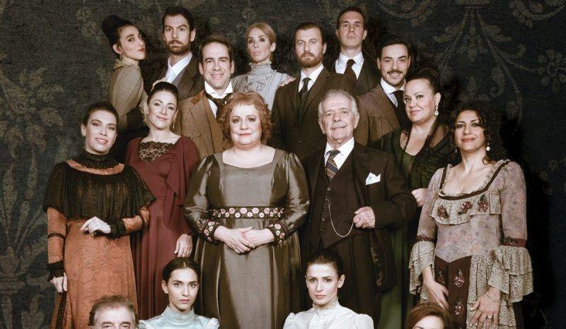 Η «Λωξάντρα» έρχεται την Κυριακή στο Δημοτικό Θέατρο Ηλιούπολης