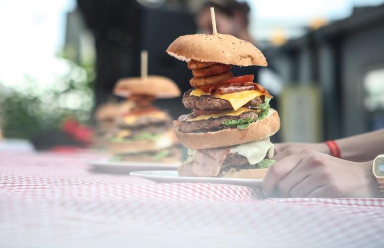 Ξεκινά σήμερα το 4ο Burger Fest