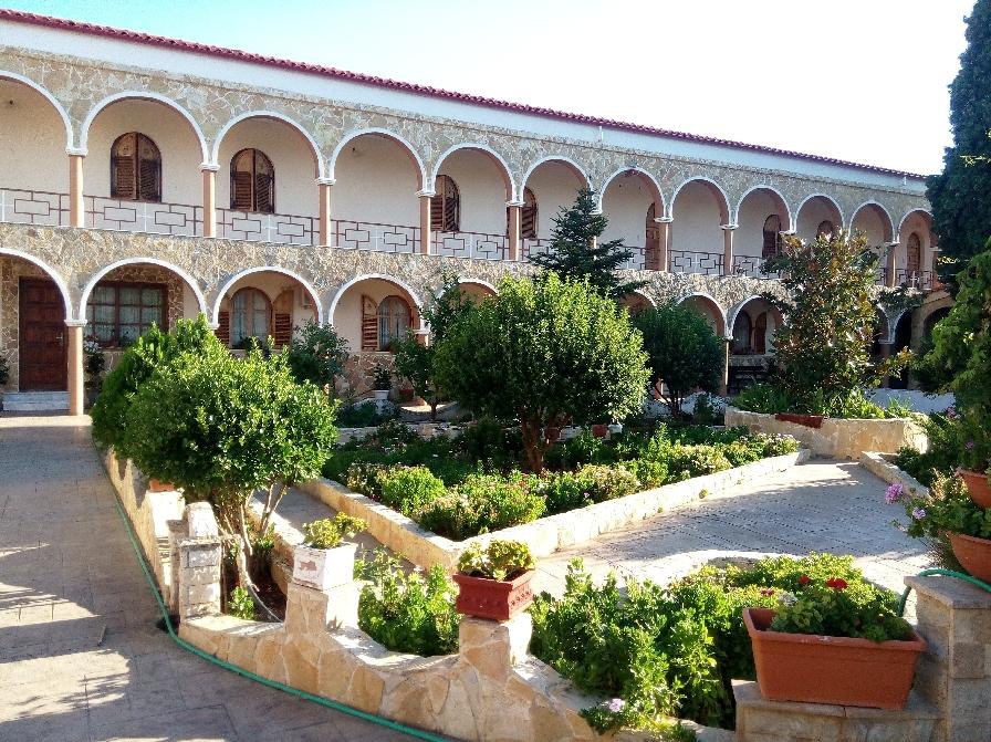 Εκδρομή του Συλλόγου Κατοίκων Αμπελακίων Αλίμου στην Ιερά Μονή Αγ. Ειρήνης Χρυσοβαλάντου στο Κορωπί