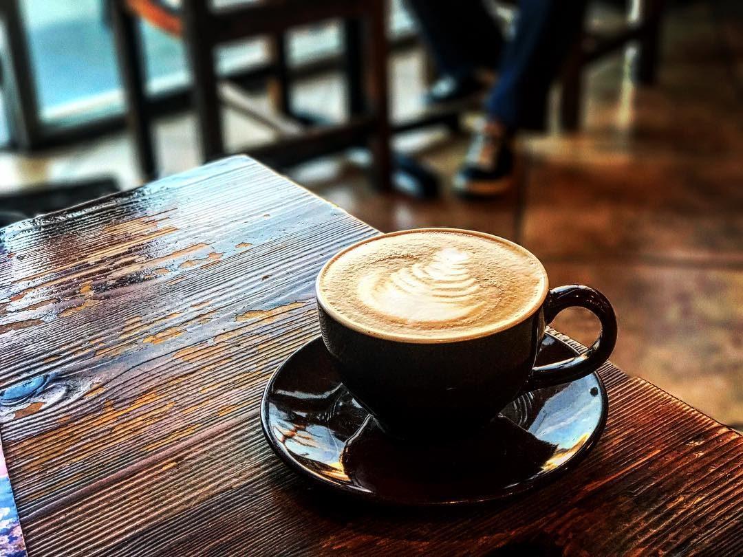 Παγκόσμια Ημέρα Καφέ: Τα 14 στέκια του Αλίμου που λατρεύουμε να πίνουμε καφέ