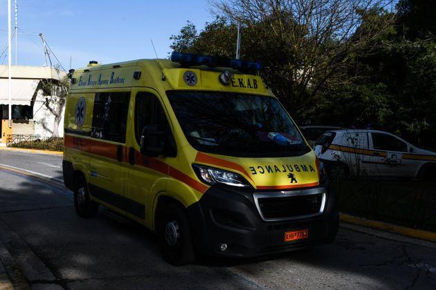 Ηλιούπολη: Αυτόπτες μάρτυρες περιγράφουν πως έγινε το δυστύχημα με το λεωφορείο που καταπλάκωσε τον οδηγό του