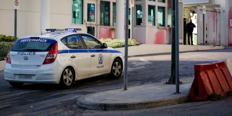 Παλαιό Φάληρο: Ένα ακόμη κρούσμα από αυτοκίνητο που «μπουκάρει» σε κατάστημα