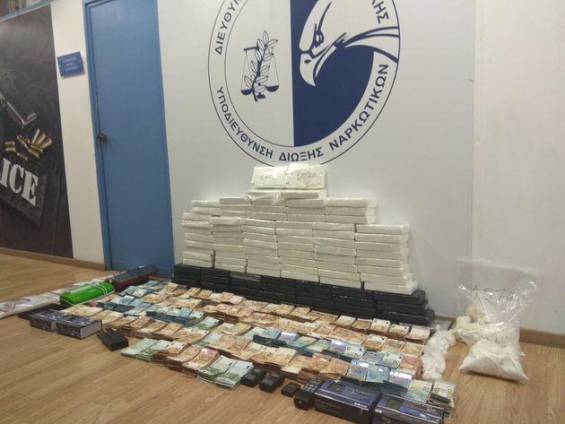 Εξαρθρώθηκε μεγάλο κύκλωμα κοκαΐνης σε Άγιο Δημήτριο και Ηλιούπολη - Κατασχέθηκαν 105 κιλά