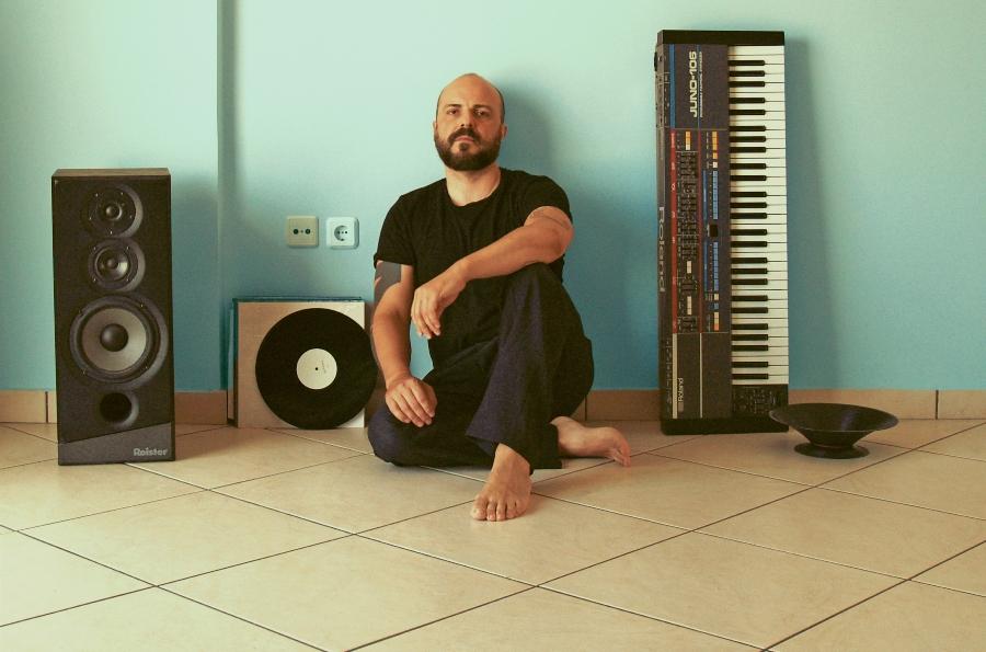 Ο Μιχάλης Δέλτα για μία μοναδική συναυλία στον Φάρο του Κέντρου Πολιτισμού Ίδρυμα Σταύρος Νιάρχος