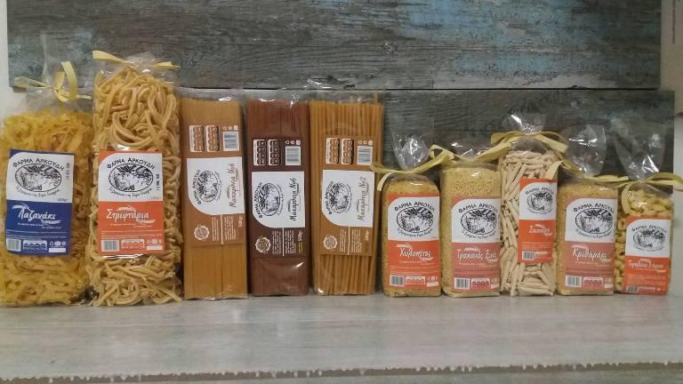 Στο Local's θα βρεις τα παραδοσιακά προϊόντα από την «Φάρμα Π. Αρκούδη»