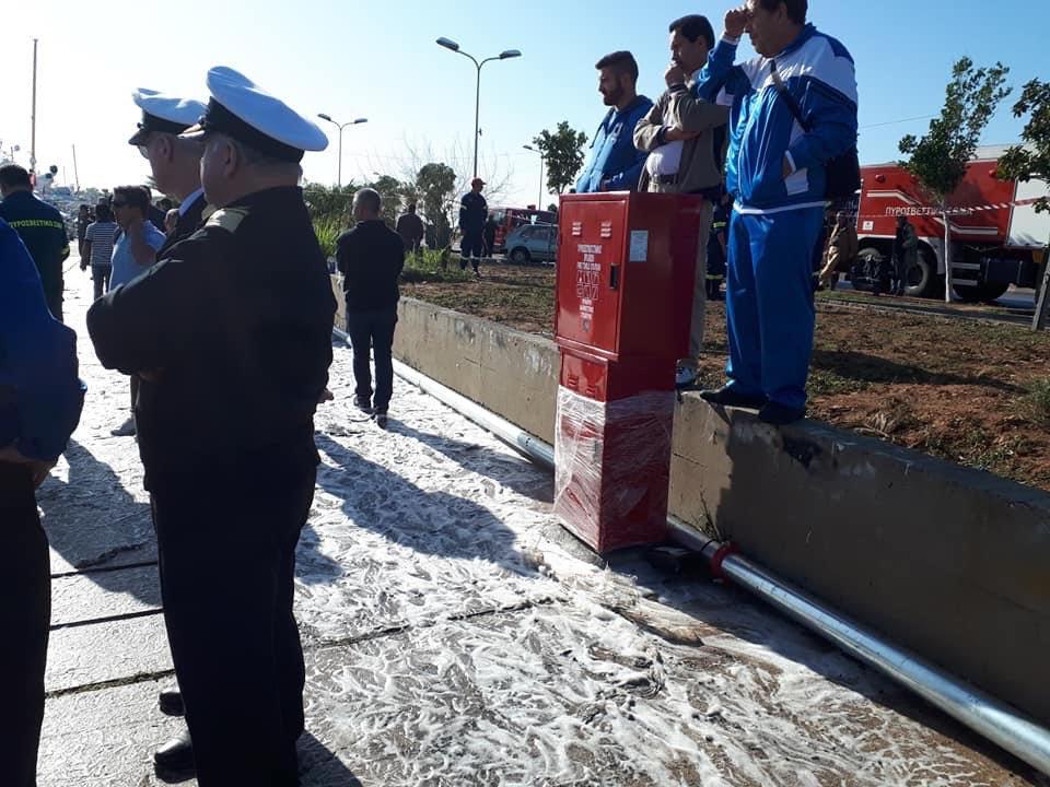 Σε νάυλον είναι ακόμη τυλιγμένο το σύστημα πυρόσβεσης στη Μαρίνα Γλυφάδας