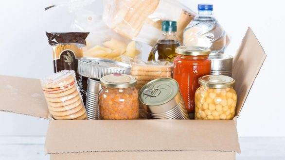 Διανομή τροφίμων για τους δικαιούχους του Κοινωνικού Παντοπωλείου