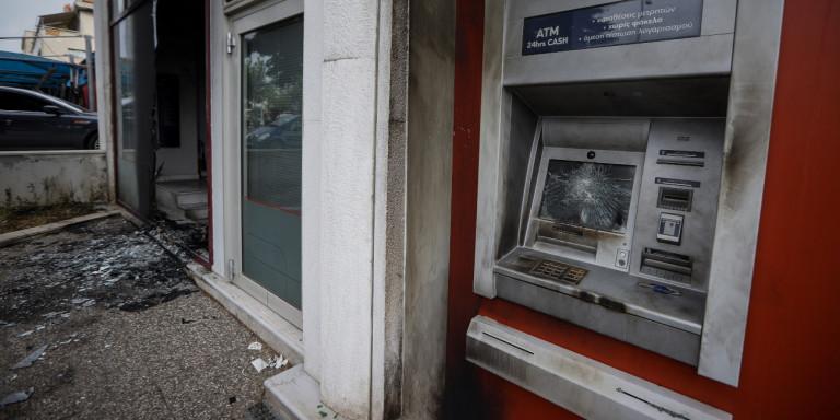 21 επιθέσεις σε ΑΤΜ μέσα σε 1,5 ώρα – Έγιναν και στα Νότια Προάστια