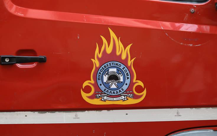 Φωτιά σε μονοκατοικία στη Βουλιαγμένη