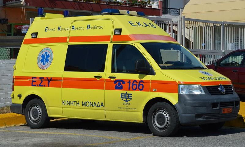 Τροχαίο ατύχημα με παράσυρση δύο πεζών στη Λεωφόρο Ποσειδώνος