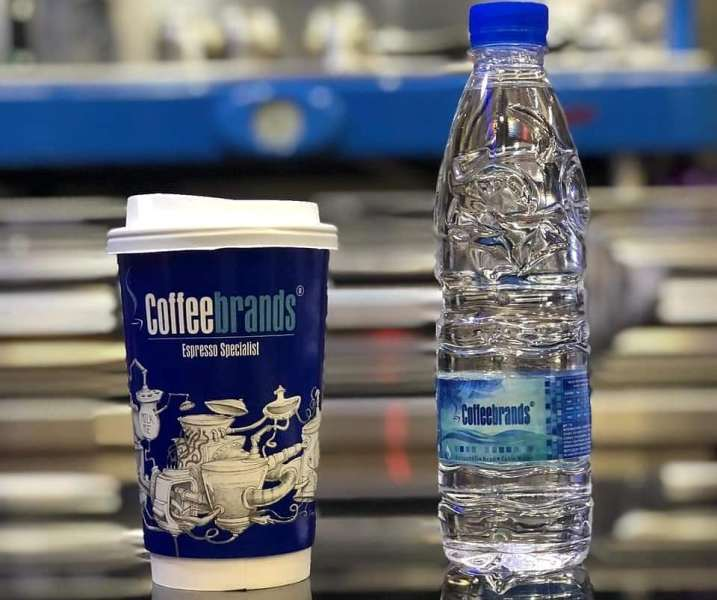 Coffee Brands: Μαζί με τον καφέ σού δίνουν δώρο το νερό