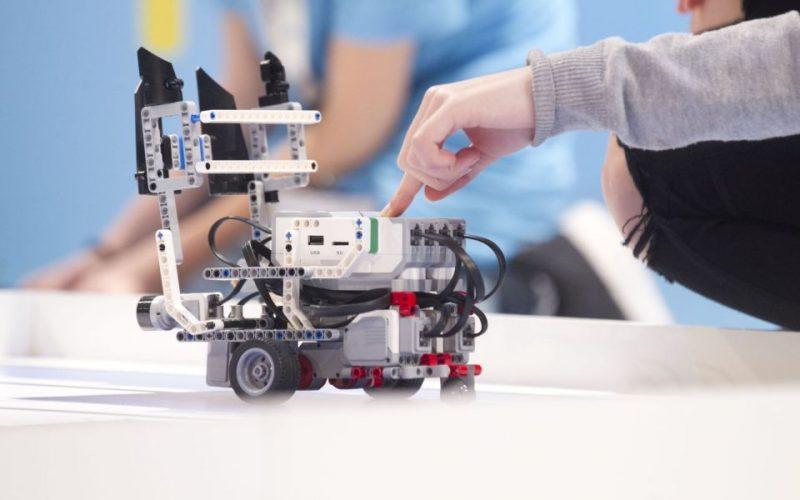Τον Απρίλιο ετοιμάζεται το 2ο Φεστιβάλ Ρομποτική στον Άλιμο