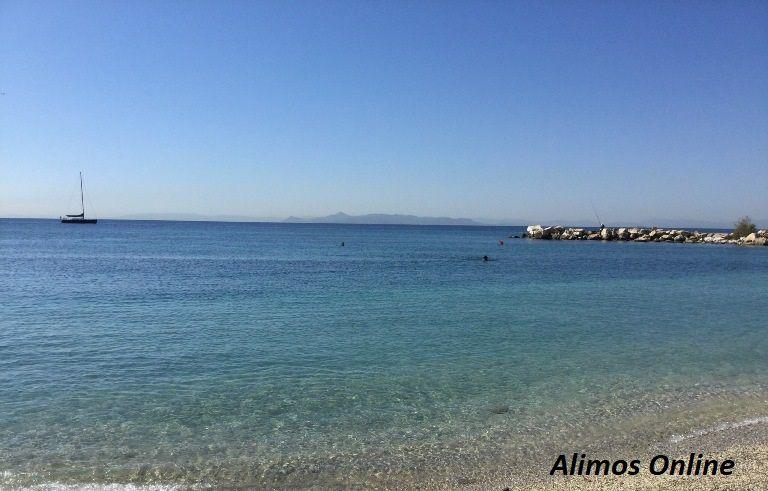 Διευκρινίσεις για τον περιορισμό της κυκλοφορίας: Απαγορεύεται το μπάνιο στη θάλασσα και οι θαλάσσιες αθλητικές δραστηριότητες