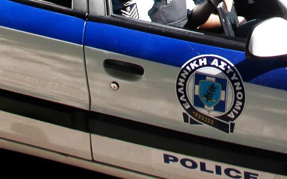Συνελήφθη ένα ζευγάρι στην Αργυρούπολη για διακίνηση ναρκωτικών