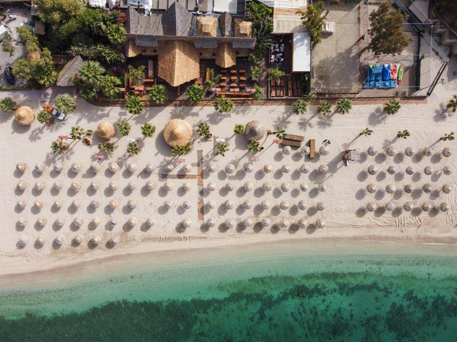 Το Reuters έγραψε για την παραλία του Αλίμου
