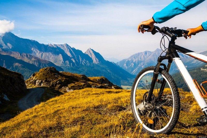 Ηλεκτρικά ποδήλατα θα διατίθενται δωρεάν για βόλτα στον Υμηττό