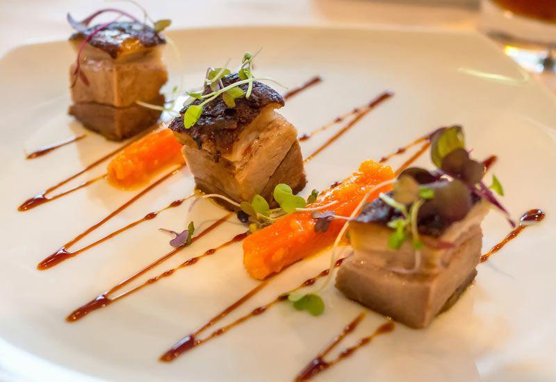 Αυτά είναι τα ελληνικά εστιατόρια που βραβεύτηκαν με αστέρια Michelin