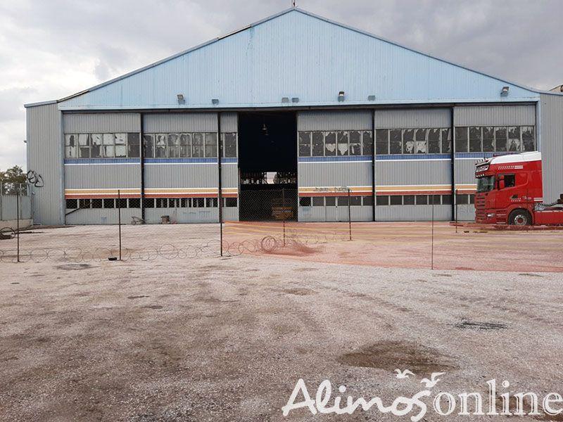 Το πρώτο κτίριο που γκρεμίστηκε στο πρωην αεροδρόμιο κατασκευάστηκε το 1931 στην... Κέρκυρα