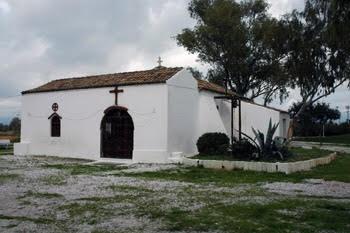 Στο σημείο όπου βρίσκεται το εκκλησάκι, αποβιβάστηκε ο Απόστολος Παύλος στο Παλαιό Φάληρο