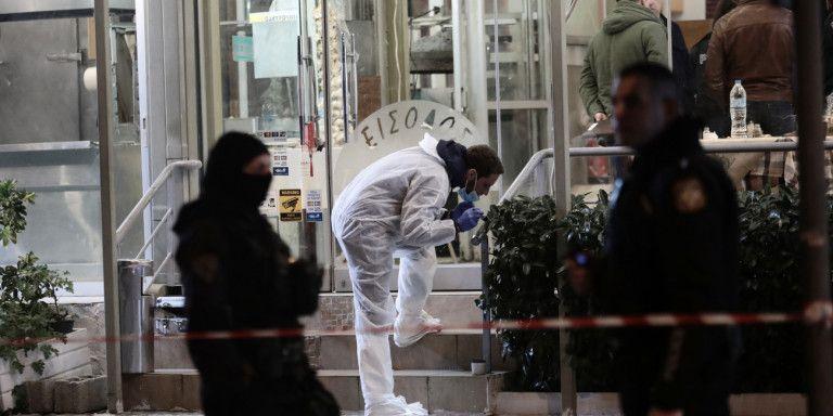 Πώς το έγκλημα στην Κέρκυρα σχετίζεται με τη δολοφονία σε ταβέρνα της Βάρης