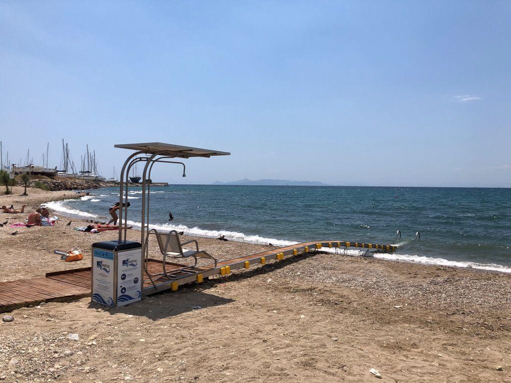 Τοποθετήθηκε SeaTruck στην παραλία ΕΔΕΜ στο Φάληρο
