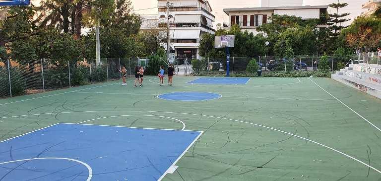 Ανακαινίστηκε και το ανοιχτό γήπεδο μπάσκετ στο Μετρό Αργυρούπολης