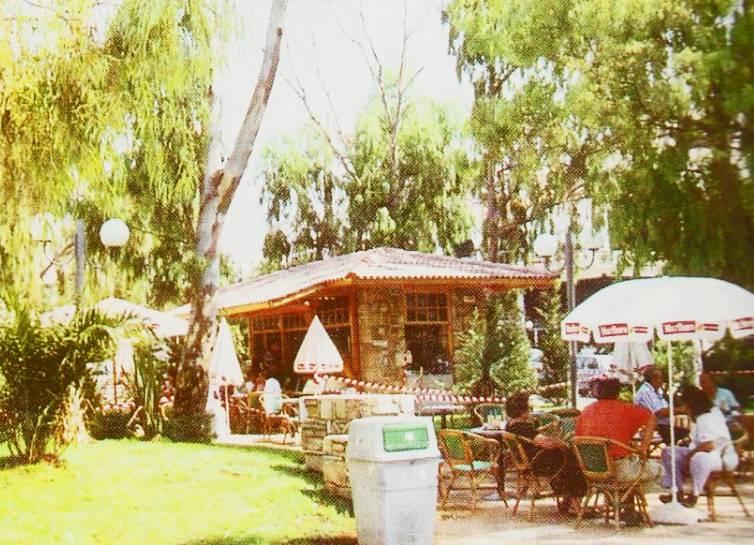 Θυμάσαι το αναψυκτήριο της Λαμπράκη στη Γλυφάδα;