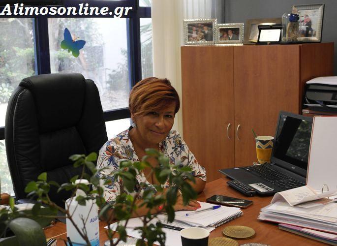 H Αντιπρόεδρος της Σχολικής Επιτροπής Δευτεροβάθμιας Εκπαίδευσης, Δώρα Σύρμα, μας μίλησε για το άνοιγμα των σχολείων