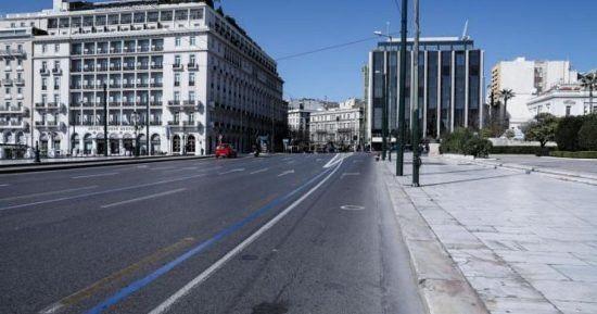Στέλιος Πέτσας: «Δεν εξετάζεται η απαγόρευση της κυκλοφορίας»