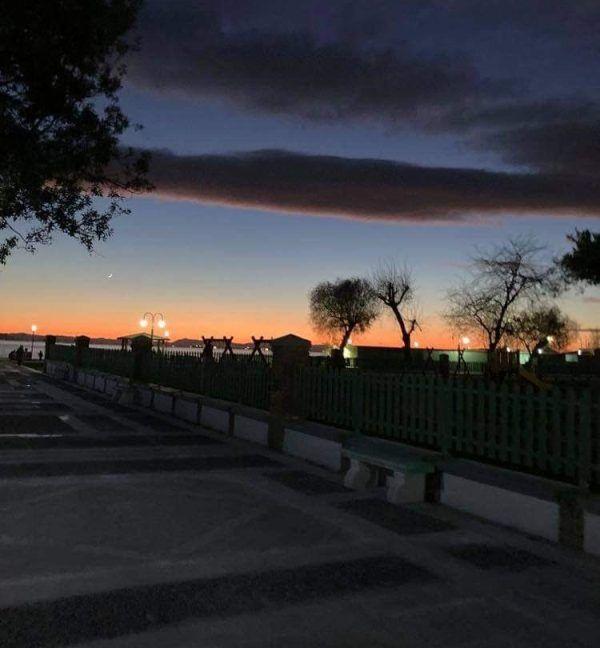 Εικόνες από το σημερινό ηλιοβασίλεμα