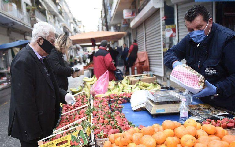 Επιστρέφουν τα είδη ρουχισμού στις λαϊκές αγορές