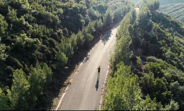 «Ο Δρόμος των Αθανάτων», τα 142 χλμ διαδρομής μέσα απότον φακό τουΑλιμιώτη Κριστιάν Τσαντούλα