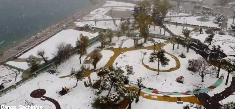 Ο χιονισμένος Άλιμος από ψηλά
