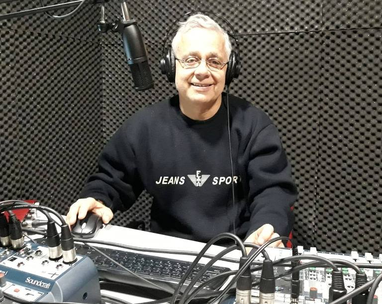Ο Τάκης Τάγκαλος θα κάνει αφιέρωμα στον Γιάννη Πάριο μέσα απο την εκπομπή του στο Alimos Web Radio