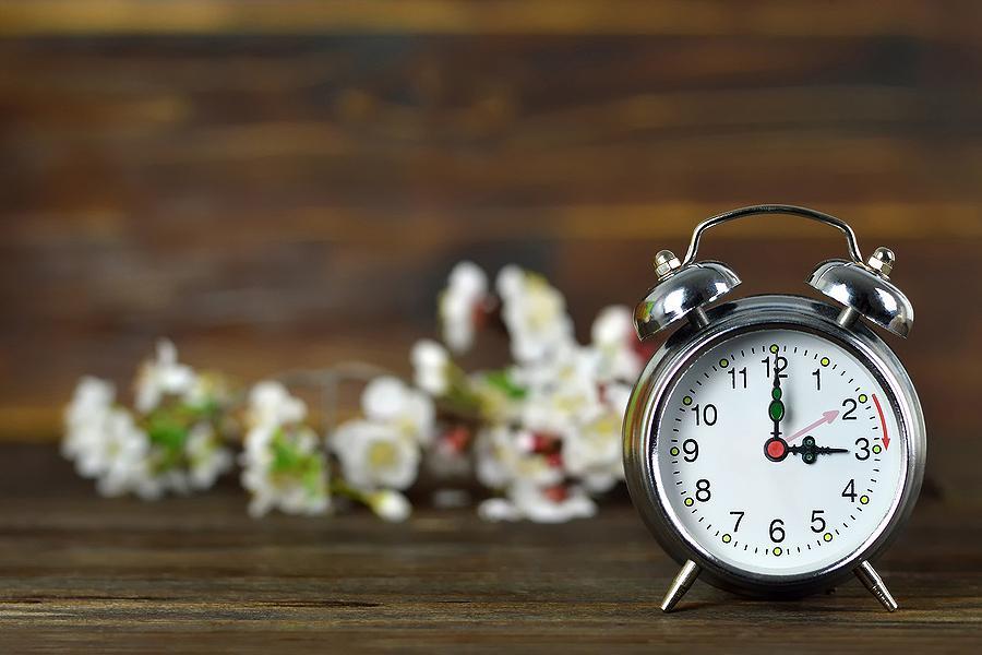 Πότε θα γυρίσουμε τα ρολόγια μας μία ώρα μπροστά