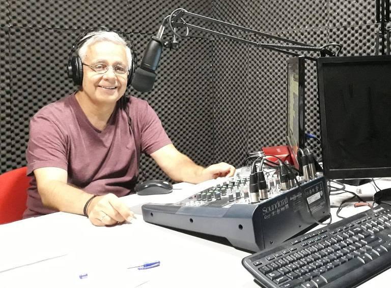 Ο Αλιμιώτης Τάκης Τάγκαλος έγραψε τους στίχους για το νέο τραγούδι του Δημοσθένη Παπαδημητρίου