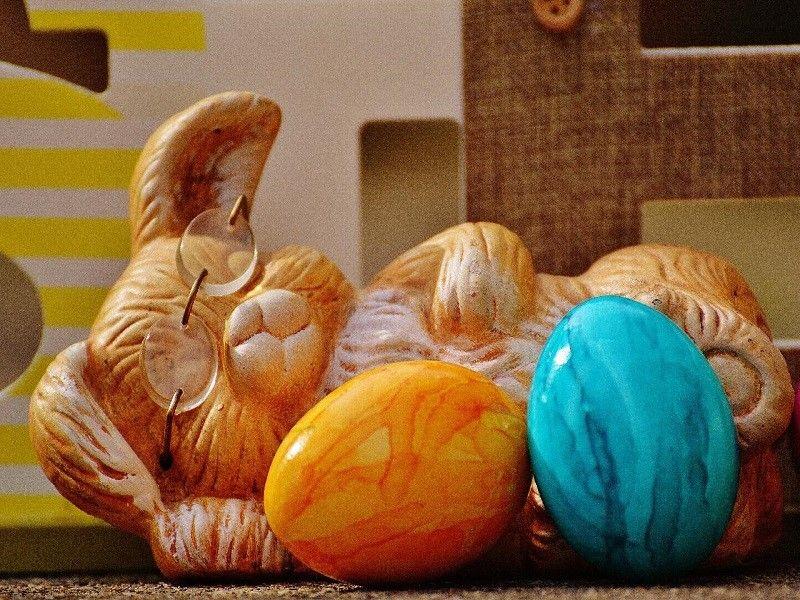 Πασχαλινή διακόσμηση: Πώς να προσθέσετε στο σπίτι σας χαρούμενες ανοιξιάτικες πινελιές