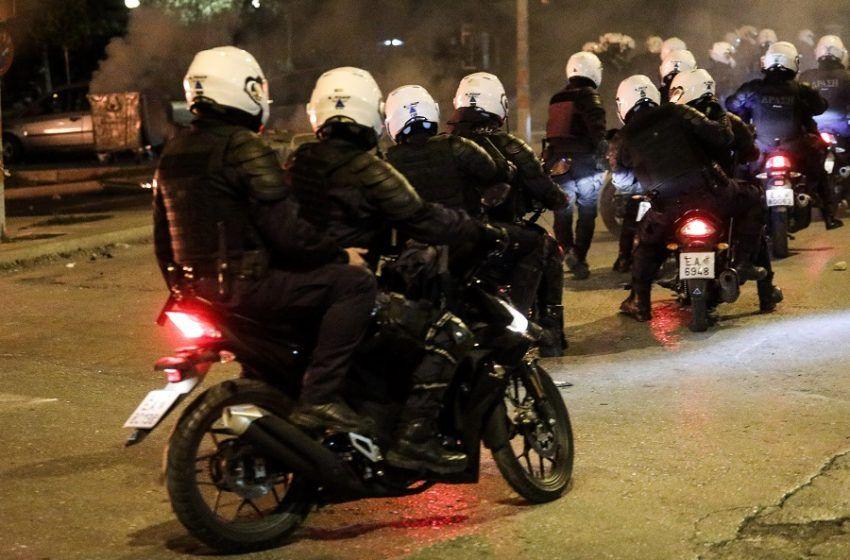 Νέα Σμύρνη: Νέα καταγγελία για ξυλοδαρμό γυναίκας από αστυνομικό στα επεισόδια