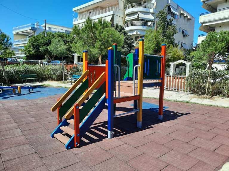 Εργασίες συντήρησης στην Παιδική Χαρά της οδού Καρυάτιδων