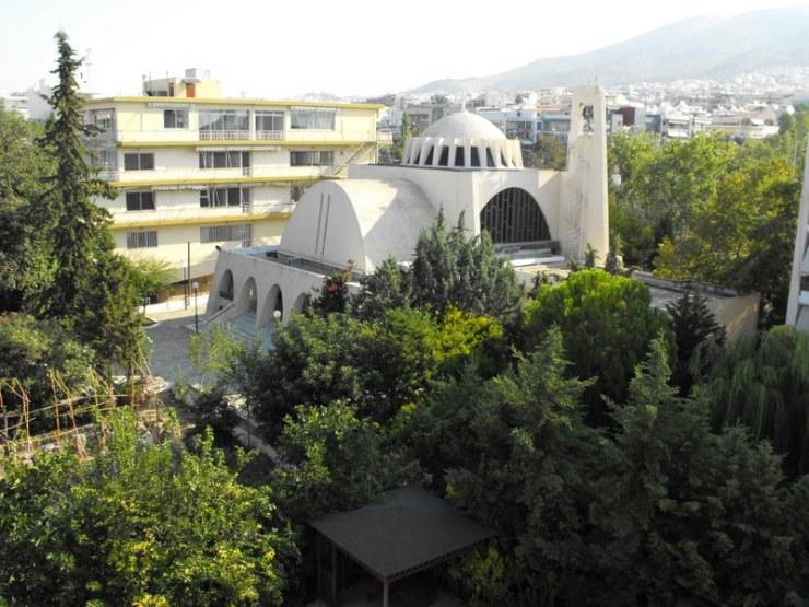Ιερά Πανήγυρις Ζωοδόχου Πηγής Τραχώνων και η ιστορία του Ναού