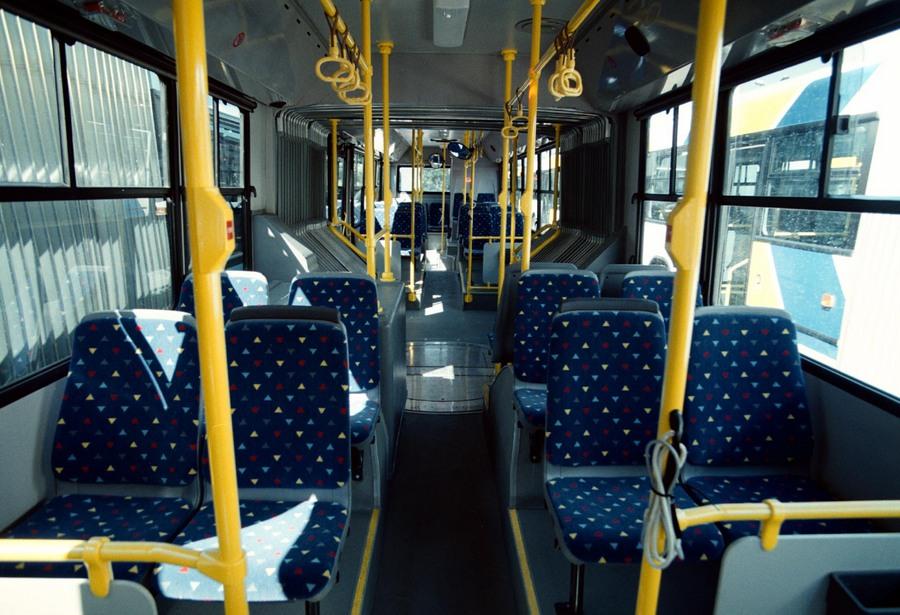 Έξι νεαροί ξυλοκόπησαν και λήστεψαν οδηγό του λεωφορείου 171 στη λεωφόρο Βουλιαγμένης
